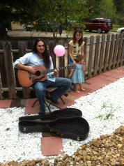 Archie Rocks Acoustic, little Theriot and my own kiddo in the garden at GBITW.